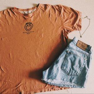 Life Is Good Orange Renaissance Man T-shirt